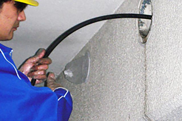 川口オフィス 空調配管ダクト清掃の仕事内容